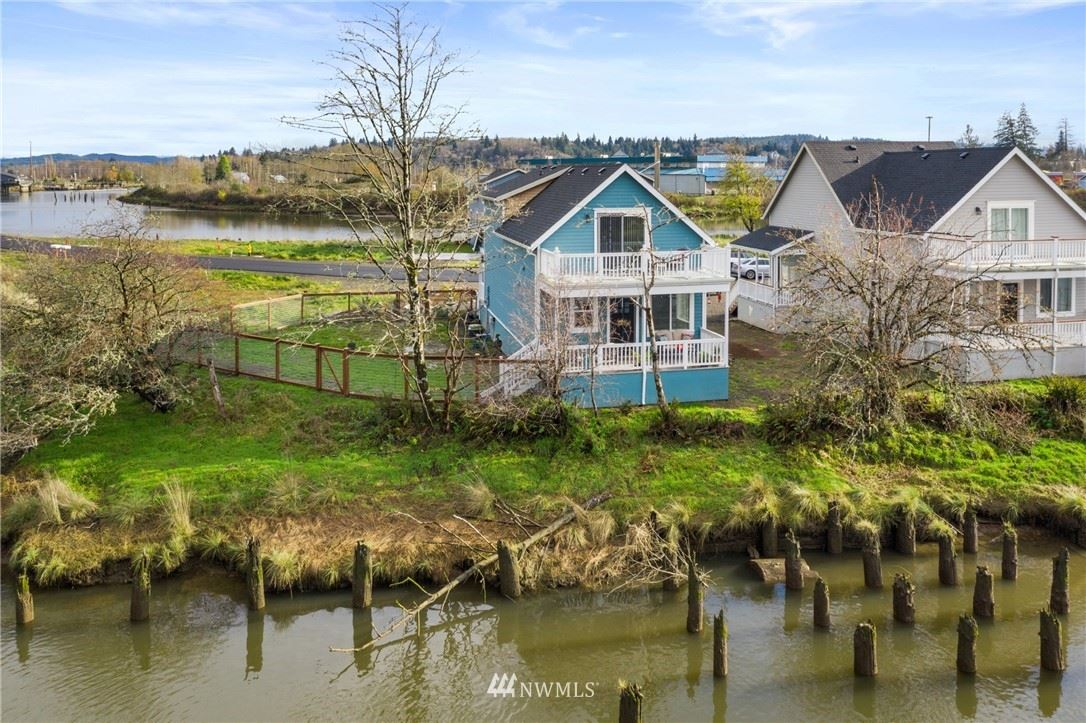307 Island Ln, Raymond, WA 98577 - MLS#: 1692391