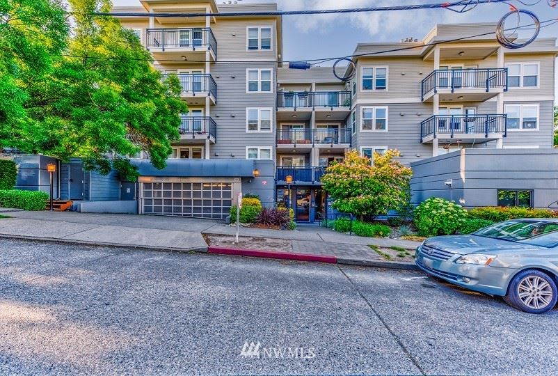 Photo of 420 Valley Street #302, Seattle, WA 98109 (MLS # 1784391)