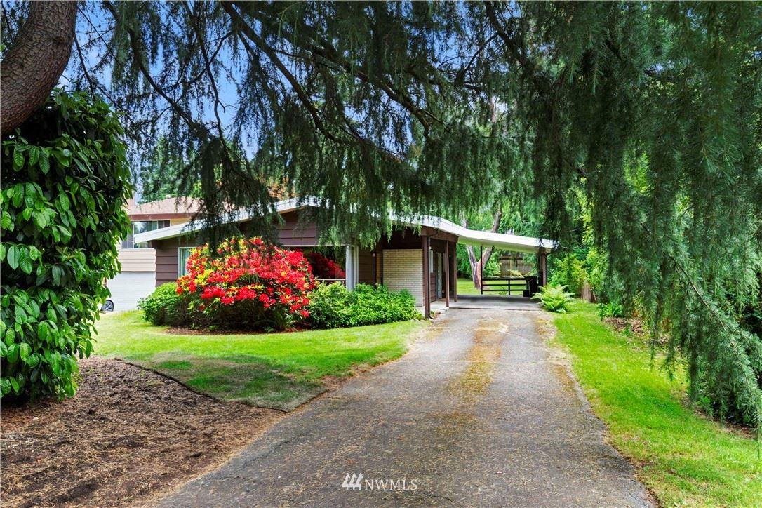 Photo of 12220 Corliss Avenue N, Seattle, WA 98133 (MLS # 1787392)