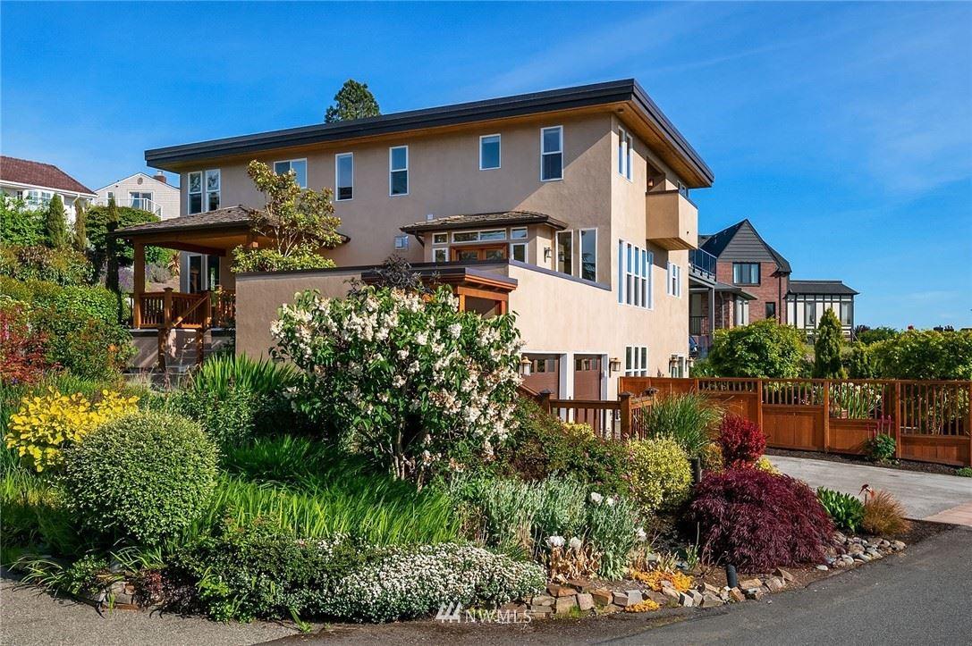 Photo of 2602 43rd Avenue W, Seattle, WA 98199 (MLS # 1757393)