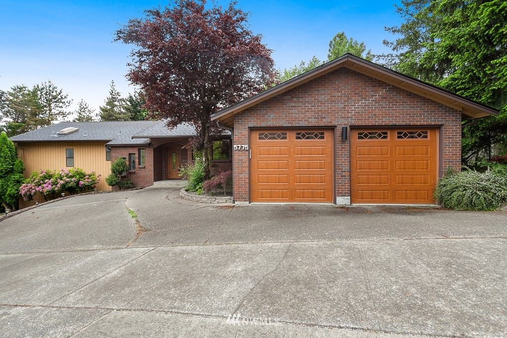 Photo of 5775 Highland Drive, Bellevue, WA 98006 (MLS # 1646394)