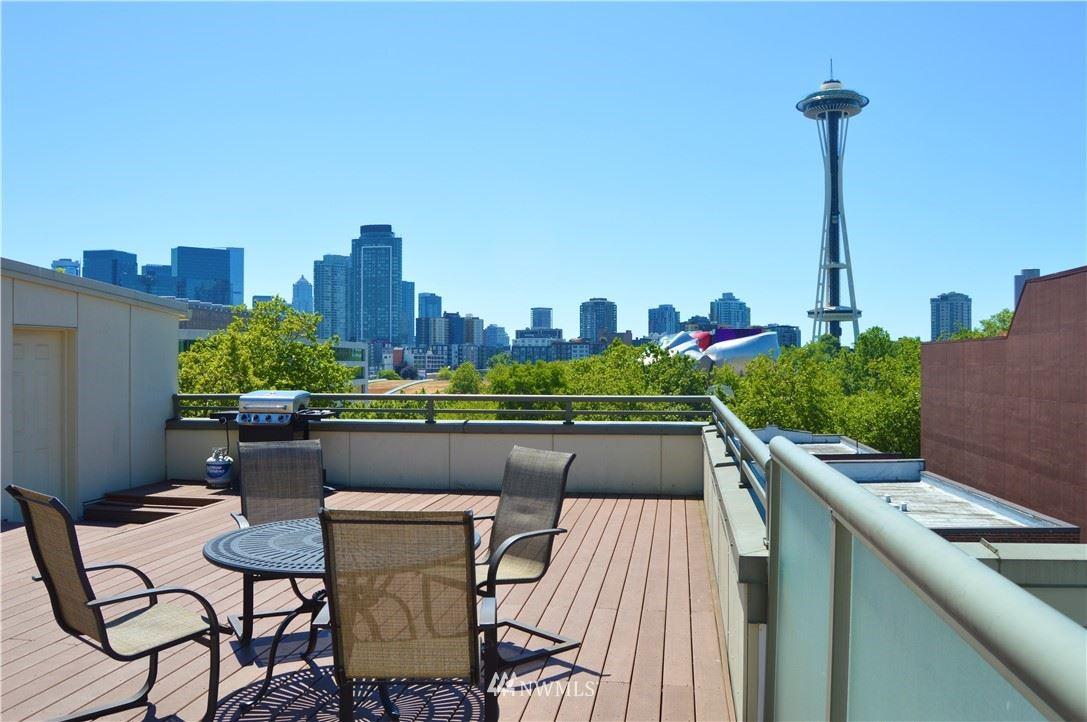 Photo of 621 5th Avenue N #303, Seattle, WA 98109 (MLS # 1778396)