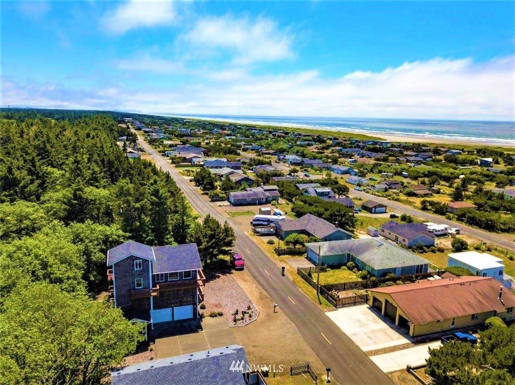 Photo of 33400 J Place, Ocean Park, WA 98640 (MLS # 1788396)
