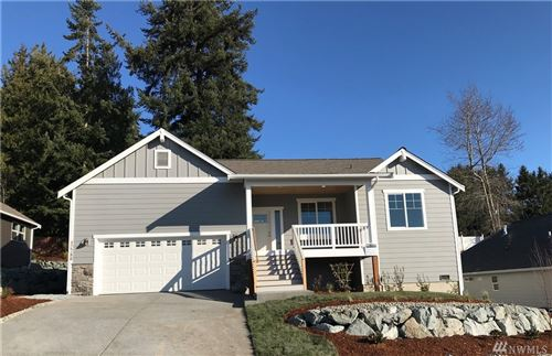 Photo of 12780 Frazier Heights Lp, Burlington, WA 98233 (MLS # 1460398)
