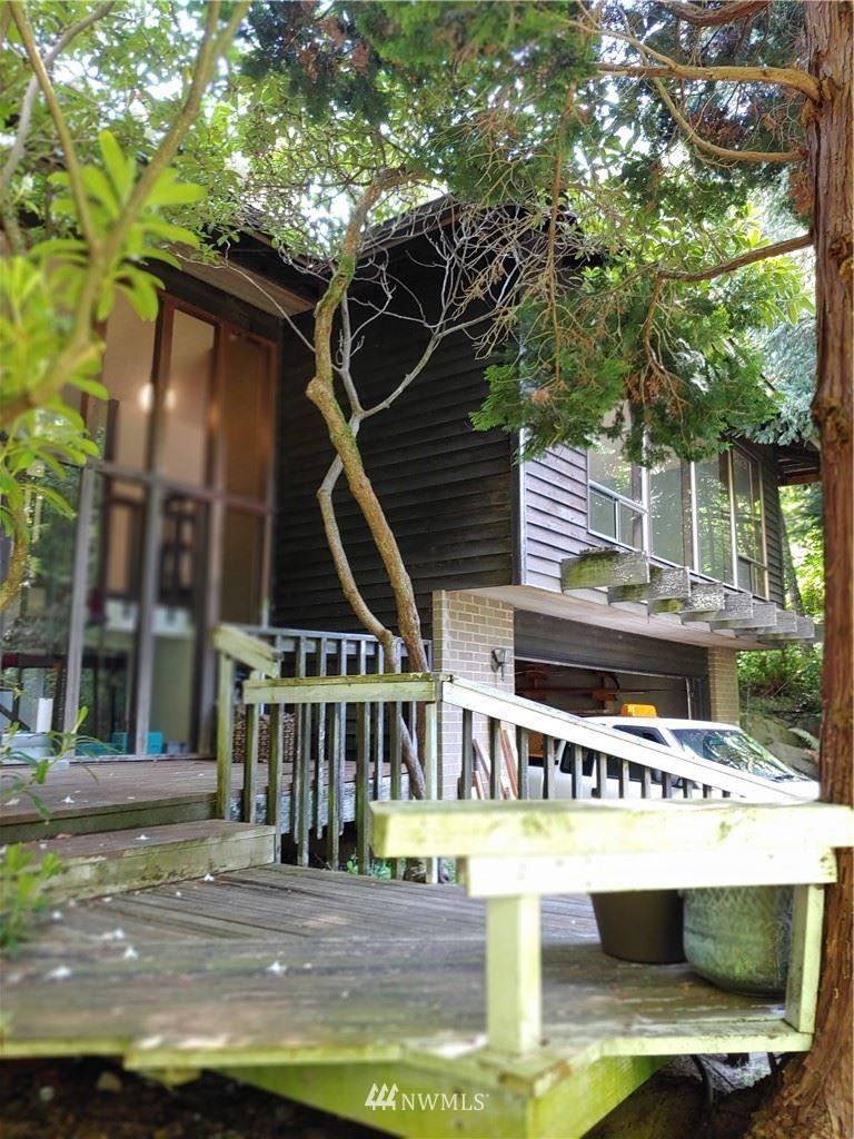 Photo of 5372 151st Avenue SE, Bellevue, WA 98006 (MLS # 1776398)