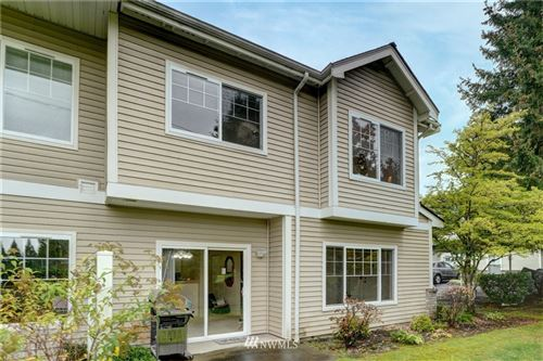 Photo of 14110 SE 171st Way #B101, Renton, WA 98058 (MLS # 1681399)