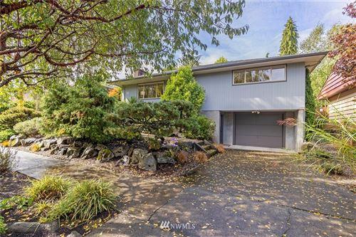 Photo of 3621 Arapahoe Place W, Seattle, WA 98199 (MLS # 1665400)