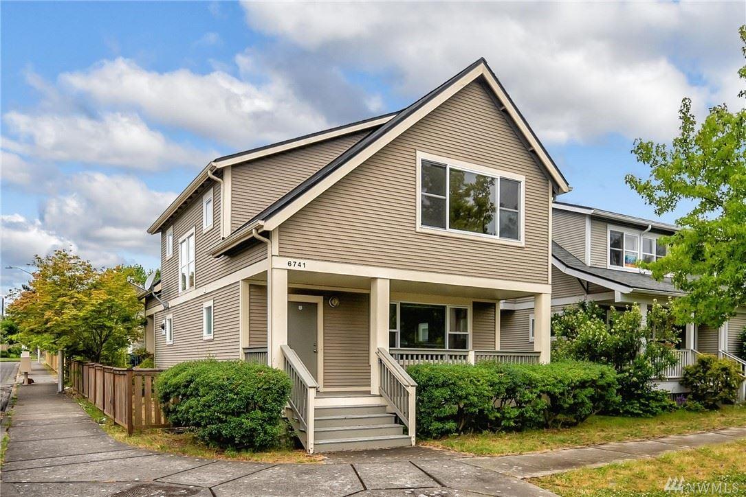 Photo of 6741 Shaffer Avenue S, Seattle, WA 98108 (MLS # 1622400)