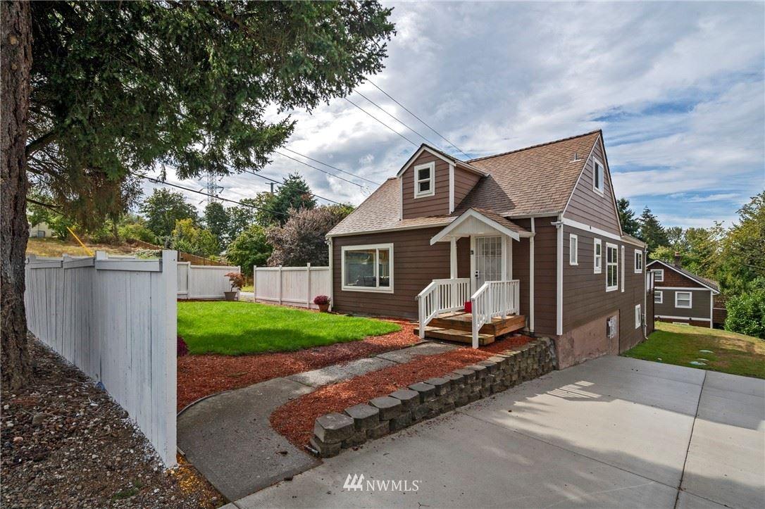Photo of 10397 Beacon Avenue S, Seattle, WA 98178 (MLS # 1669400)