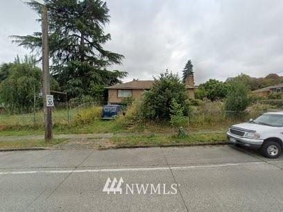 Photo of 5605 S Roxbury Street, Seattle, WA 98118 (MLS # 1781400)