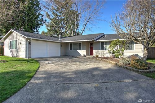 Photo of 11902 SE 165th St, Renton, WA 98058 (MLS # 1568404)