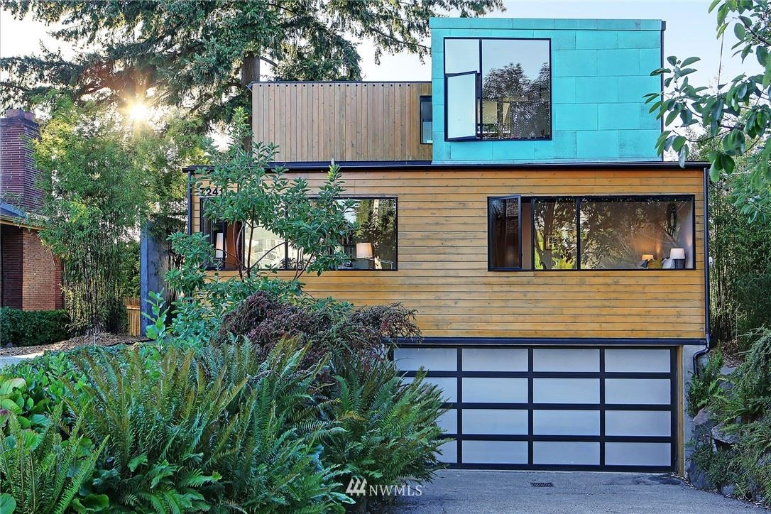 Photo of 7241 36th Avenue SW, Seattle, WA 98126 (MLS # 1666404)