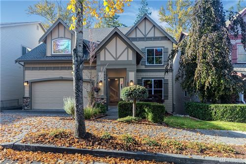 Photo of 1989 16th Ct NE, Issaquah, WA 98029 (MLS # 1531405)
