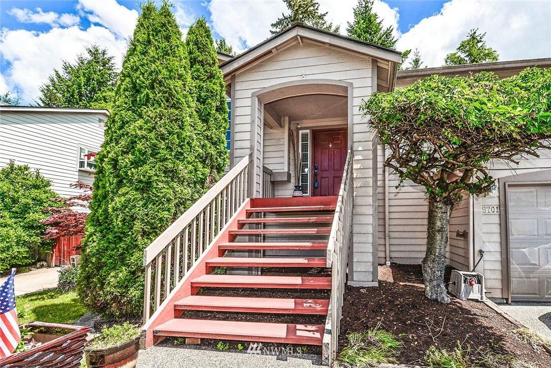 Photo of 5701 1st Avenue SE, Everett, WA 98203 (MLS # 1787406)