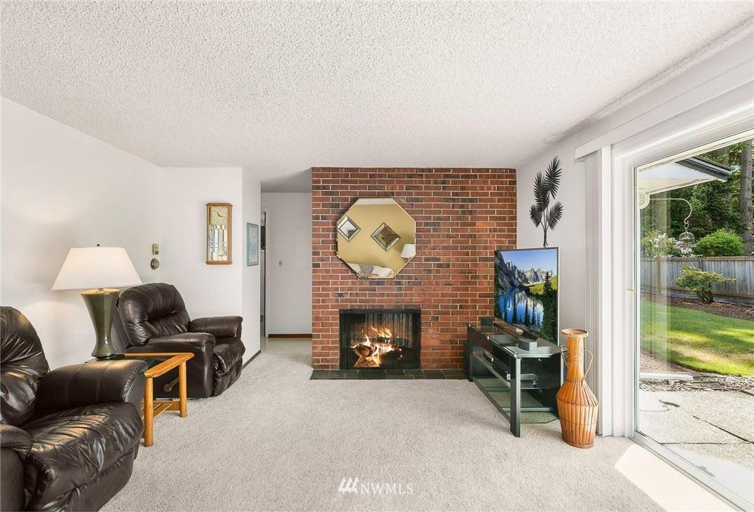 Photo of 10212 240th Place SW, Edmonds, WA 98020 (MLS # 1782407)