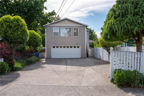 Photo of 9673 54th Ave S, Seattle, WA 98118 (MLS # 1604408)