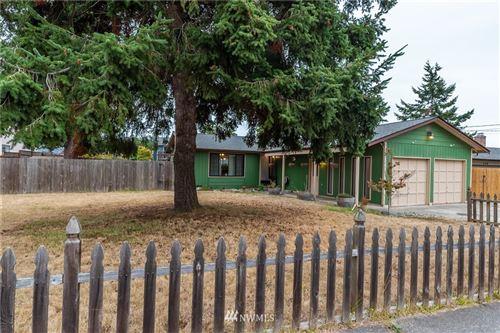 Photo of 726 SW Heller Street, Oak Harbor, WA 98277 (MLS # 1840408)