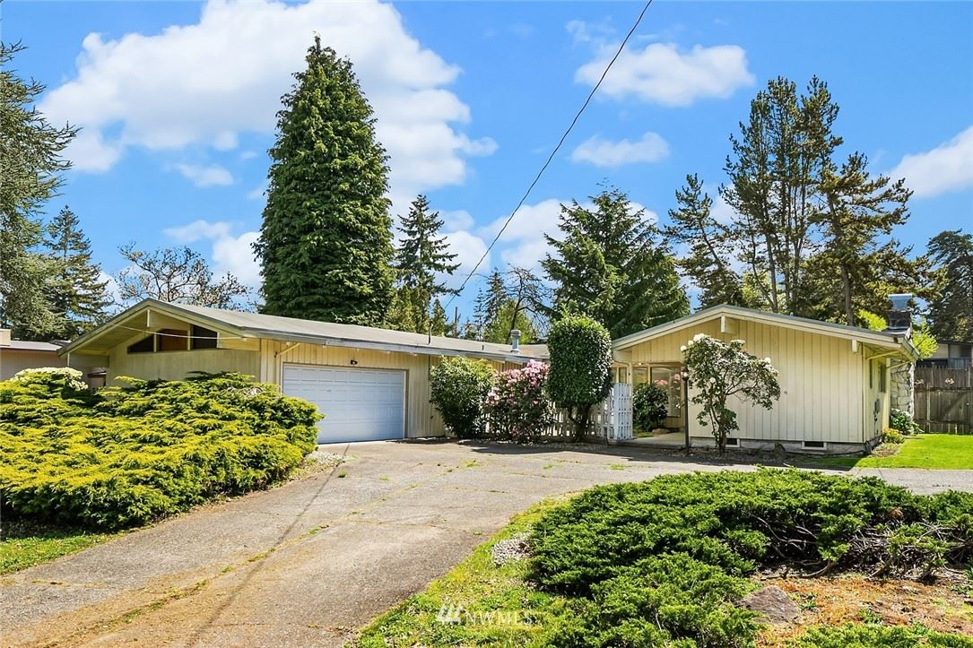 Photo of 12639 NE 5th Street, Bellevue, WA 98005 (MLS # 1763408)