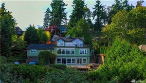 Photo of 8425 NE 110th Place, Kirkland, WA 98034 (MLS # 1465410)