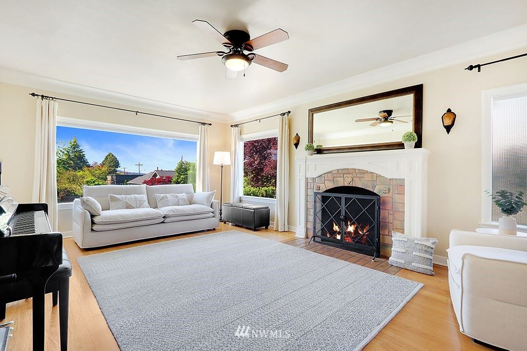 Photo of 310 8th Avenue, Kirkland, WA 98033 (MLS # 1770410)