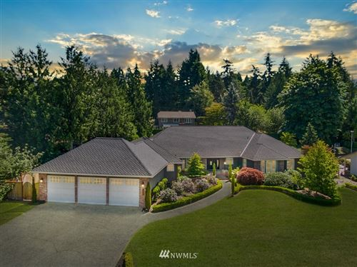 Photo of 2520 85th Ave NE, Clyde Hill, WA 98004 (MLS # 1631411)