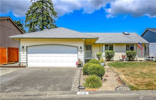 Photo of 1718 SW 347th Place, Federal Way, WA 98023 (MLS # 1638413)