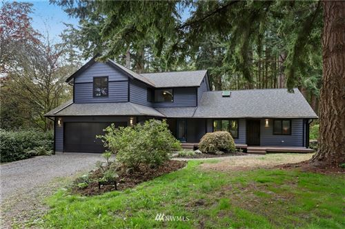 Photo of 10585 NE Manor Lane, Bainbridge Island, WA 98110 (MLS # 1666413)