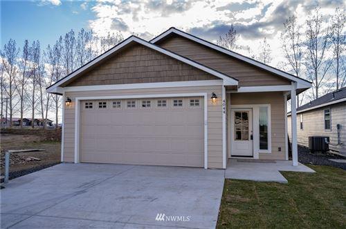 Photo of 4044 NE Quinn DR, Moses Lake, WA 98837 (MLS # 1717413)