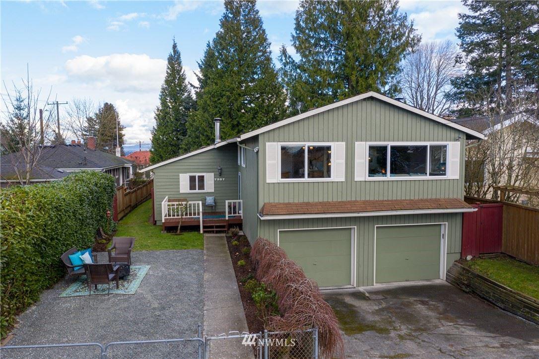 Photo of 7307 35 Avenue SW, Seattle, WA 98126 (MLS # 1720413)