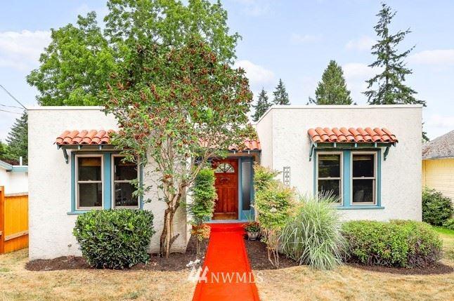 10244 42nd Avenue SW, Seattle, WA 98146 - #: 1802413