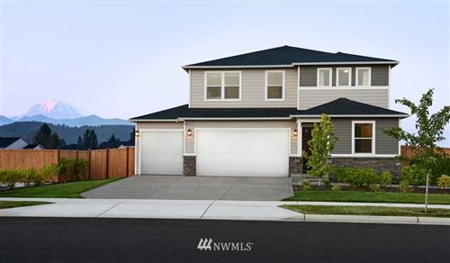 Photo of 207 Hogan Drive, Enumclaw, WA 98022 (MLS # 1720415)