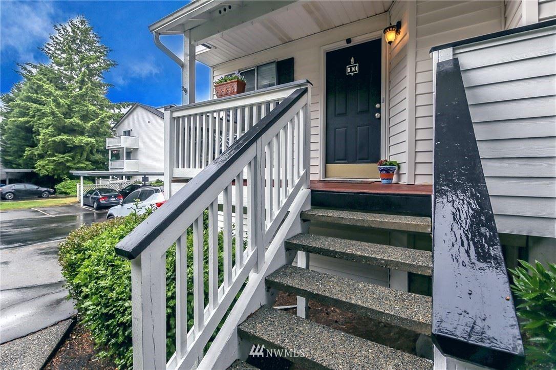 Photo of 25812 115th Avenue SE #B101, Kent, WA 98030 (MLS # 1784415)