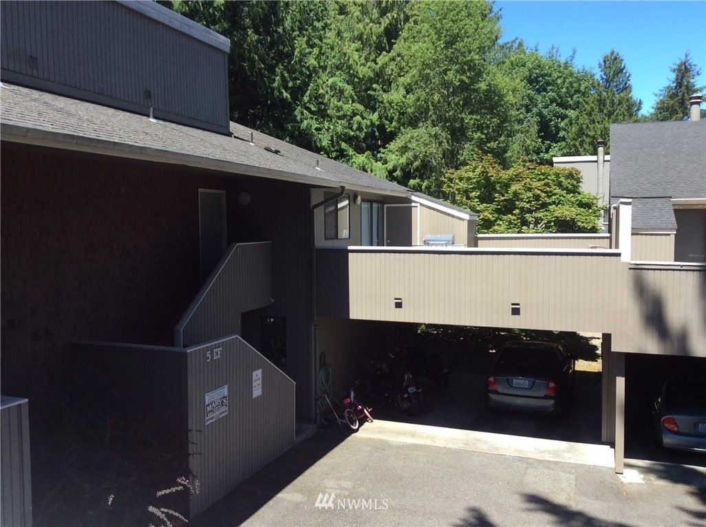 Photo of 11201 SE 3rd Avenue SE #5H, Everett, WA 98208 (MLS # 1790415)
