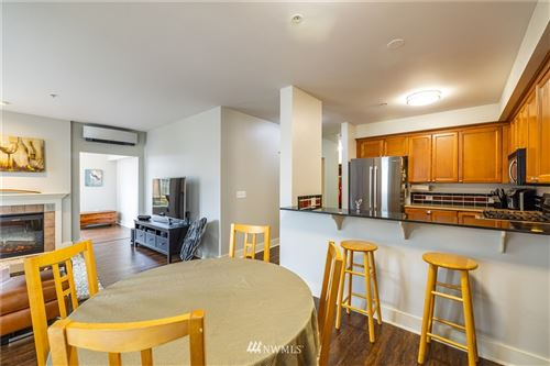 Photo of 5016 California Avenue SW #405, Seattle, WA 98136 (MLS # 1737416)