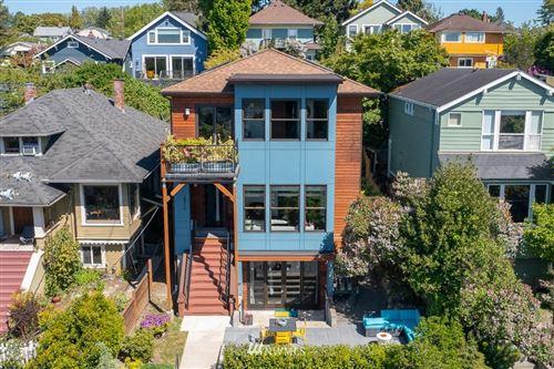 Photo of 826 30th Avenue, Seattle, WA 98122 (MLS # 1771418)