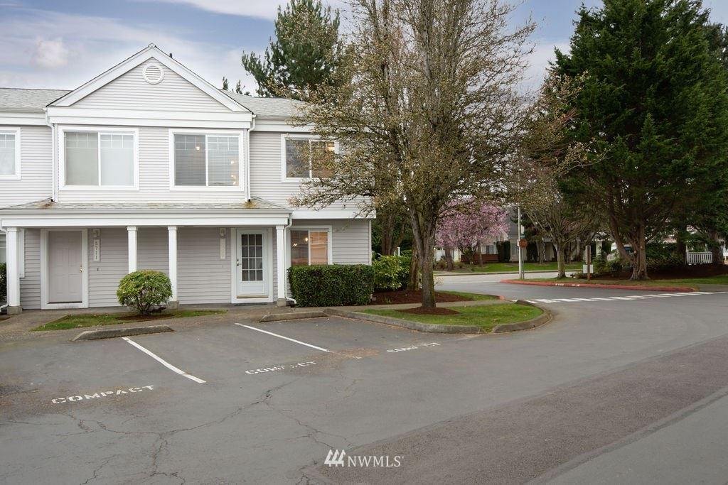 Photo of 5709 S 237th Street #20-4, Kent, WA 98032 (MLS # 1748418)