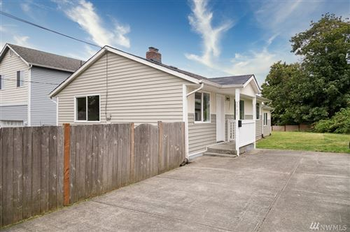 Photo of 3940 S Findlay St, Seattle, WA 98118 (MLS # 1626419)