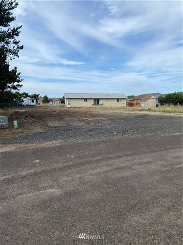 Photo of 711 352nd Place, Ocean Park, WA 98640 (MLS # 1850420)