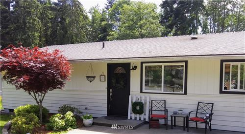 Photo of 250 E Bluff Drive, Port Angeles, WA 98362 (MLS # 1694421)