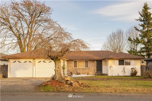 Photo of 20422 120th Avenue SE, Kent, WA 98031 (MLS # 1693422)