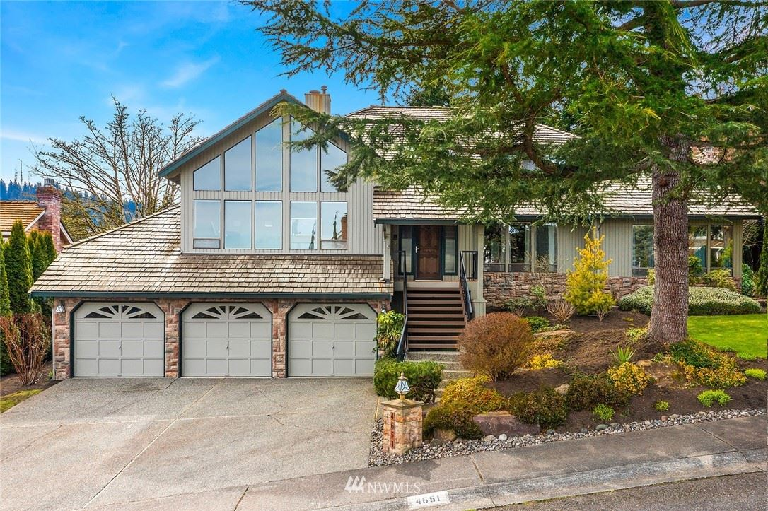 Photo of 4651 175th Avenue SE, Bellevue, WA 98006 (MLS # 1745427)