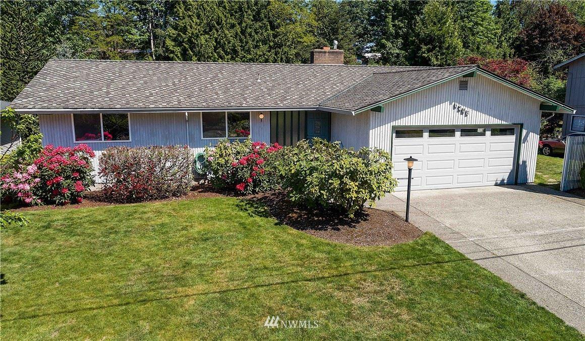 Photo of 6208 123rd Avenue SE, Bellevue, WA 98006 (MLS # 1774427)