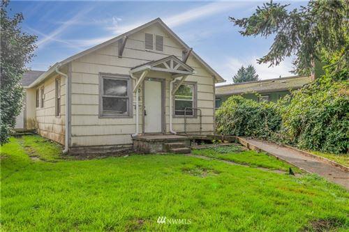Photo of 306 16th Avenue, Longview, WA 98632 (MLS # 1854430)