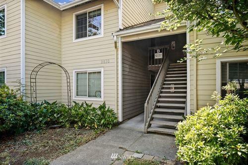 Photo of 9810 28th Avenue SW #B201, Seattle, WA 98126 (MLS # 1814431)