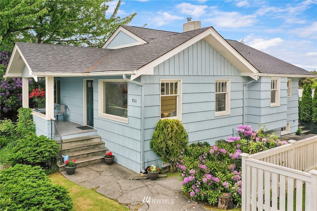 Photo of 7111 12th Avenue NE, Seattle, WA 98115 (MLS # 1781433)