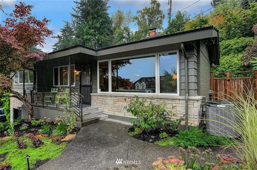 Photo of 839 W Etruria Street, Seattle, WA 98119 (MLS # 1668434)