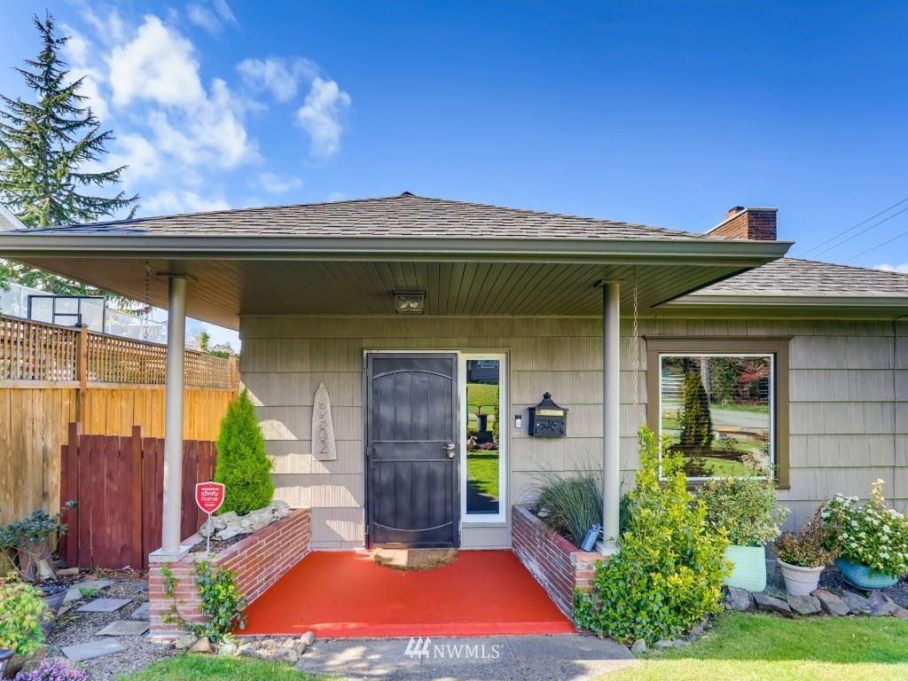 Photo of 3302 Federal Ave, Everett, WA 98201 (MLS # 1739434)