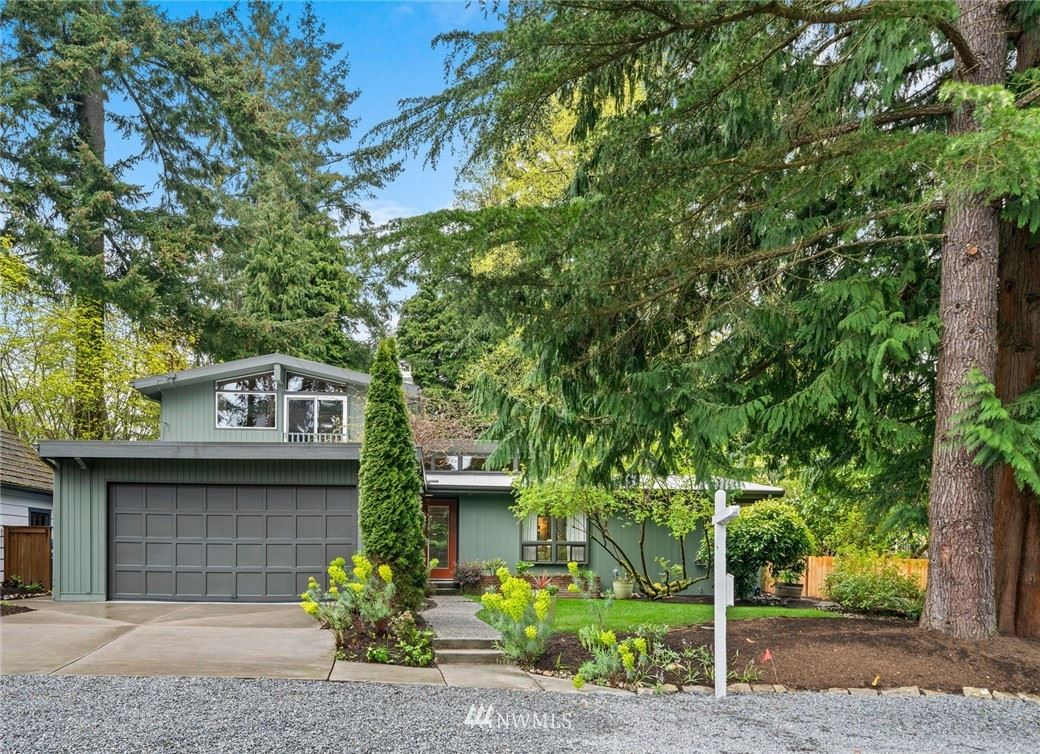 Photo of 13044 6th Avenue NW, Seattle, WA 98177 (MLS # 1757434)