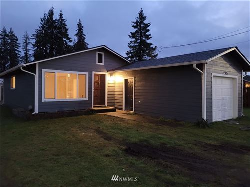 Photo of 905 E Main Street, Elma, WA 98541 (MLS # 1684436)