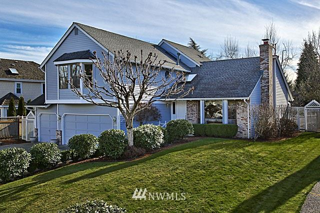Photo of 19231 SE 43rd Place, Issaquah, WA 98027 (MLS # 1585436)